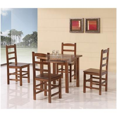 conjunto de mesas y sillas hostelería